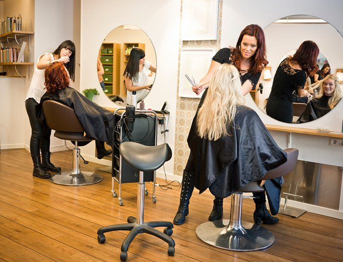 salon staff