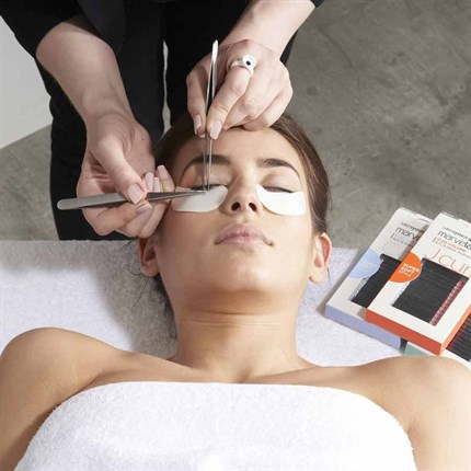Marvelash Semi Permanent Eyelash Extension Course